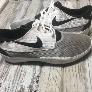 Nike solar soft shoes